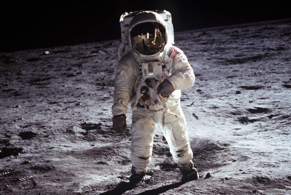 Med morningscore kan du tage på rumrejse og optimere din hjemmeside